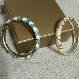 Jewelry - 2 SPRING Silver/Gold Spring Colors hinged bangle b
